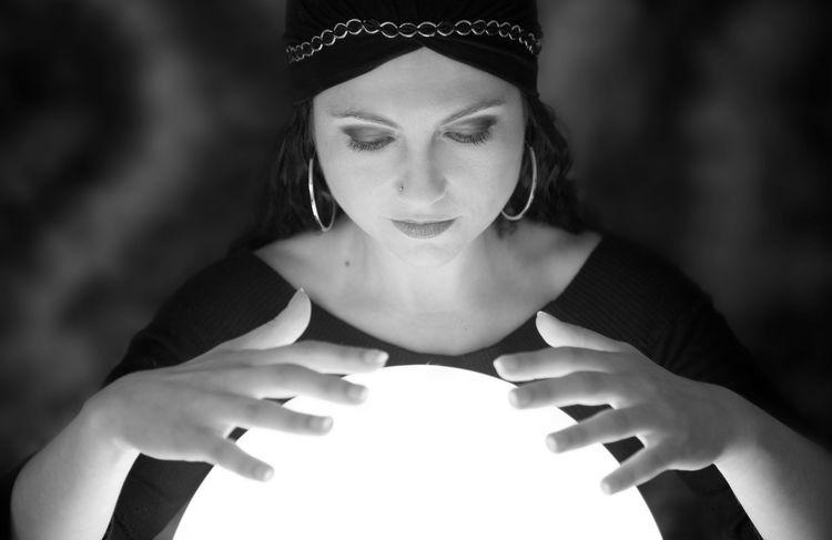 Escucha Activa: 14 Formas De Desarrollar Tu Mayor Poder Predecir-el-futuro